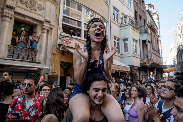 Image: LGBT supporters dance and sing in Istanbul