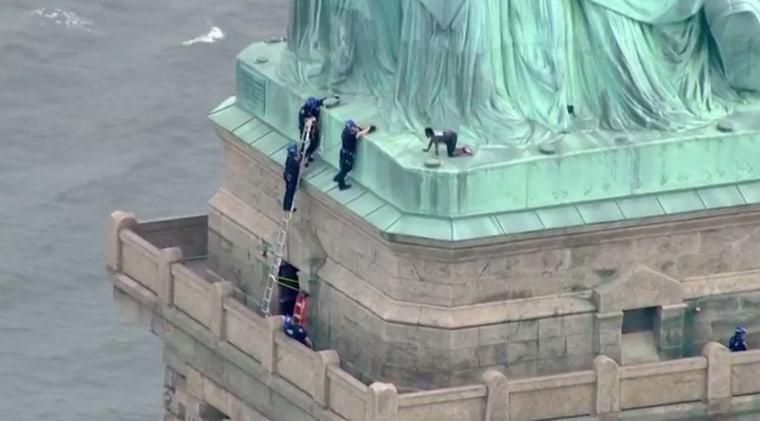 Image: Statue of Liberty Climber