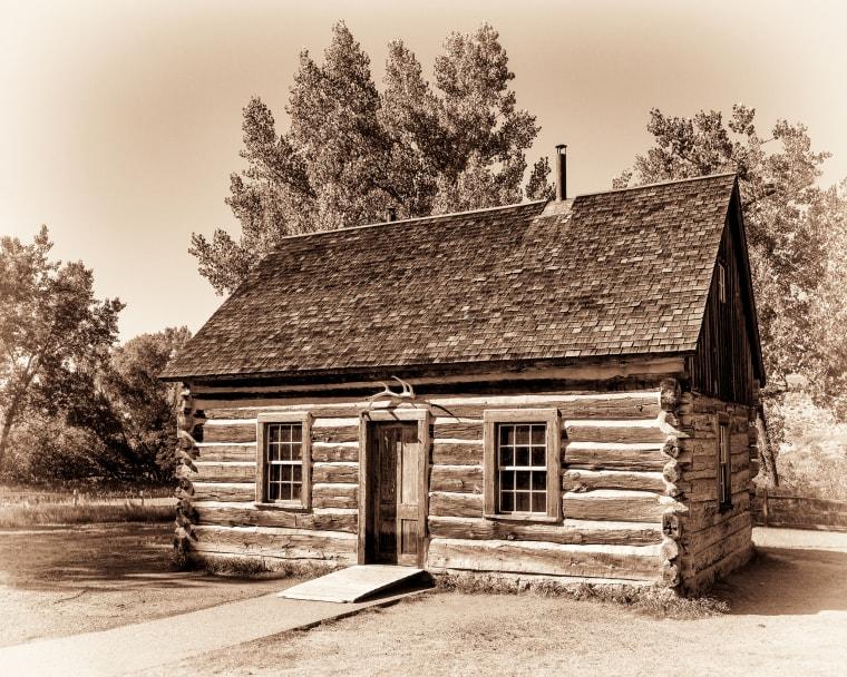Maltese cross cabin, Medora, Family Travel Guide, Where to go in Medora, North Dakota