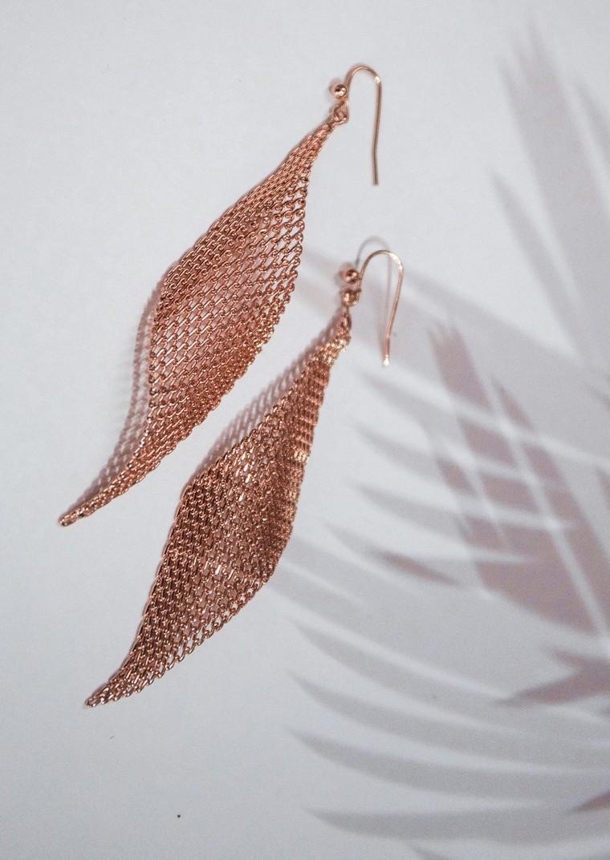 Rose gold mesh wave earrings