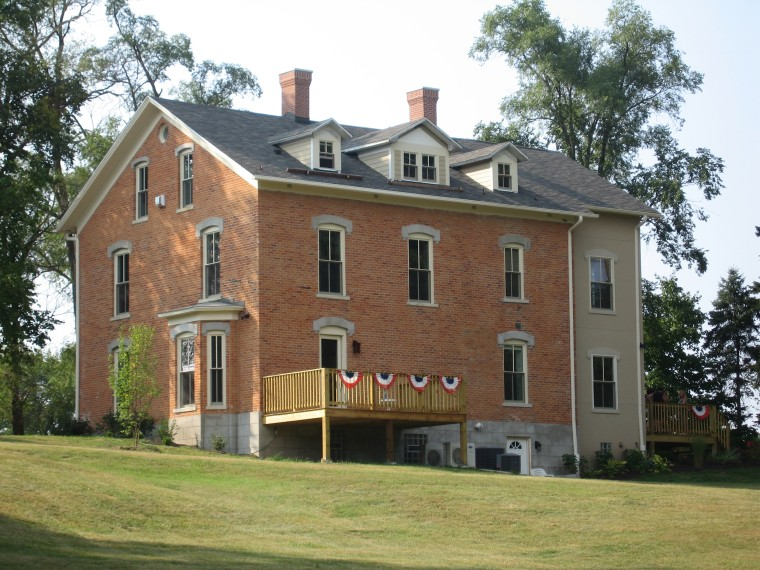 Duneswalk Inn: Chesterton, Indiana