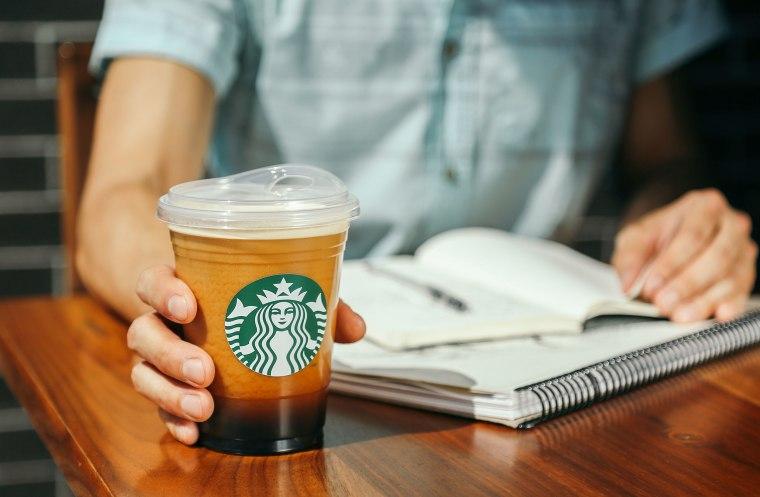 Image: Starbucks lid