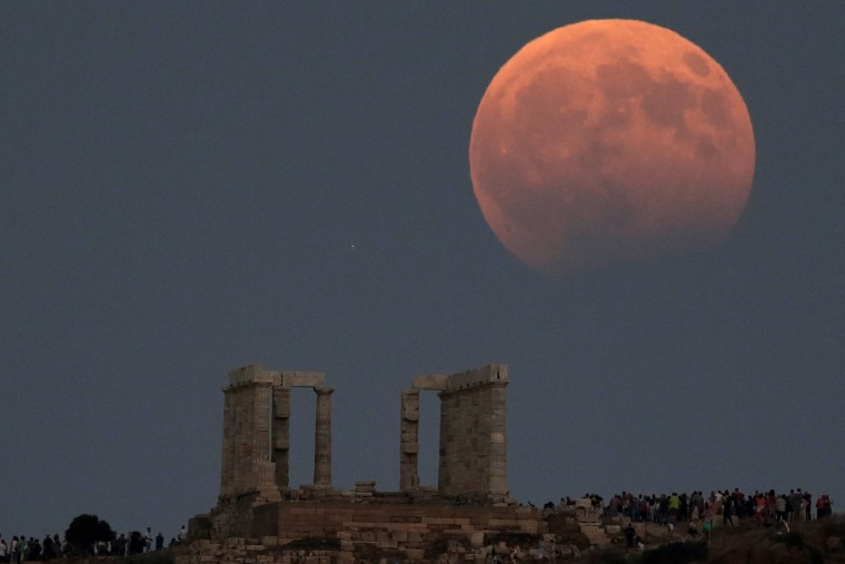 red moon tonight greece - photo #17