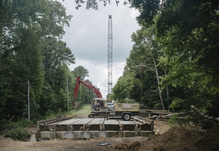 Image: A bridge is being reconstructed in Hinds County