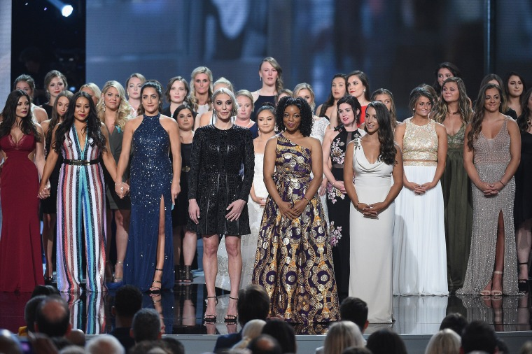 Sarah Klein, Tiffany Thomas Lopez, Aly Raisman and other Larry Nassar survivors receive ESPY award for courage.