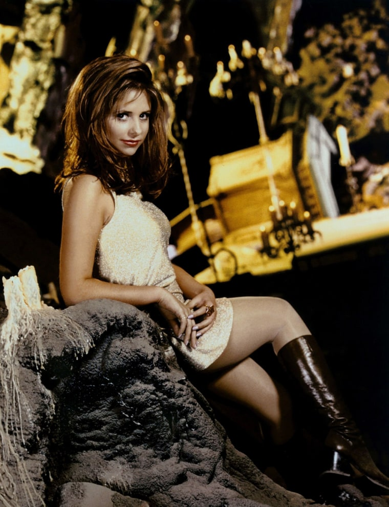 Its Official Buffy The Vampire Slayer Is Getting A Reboot