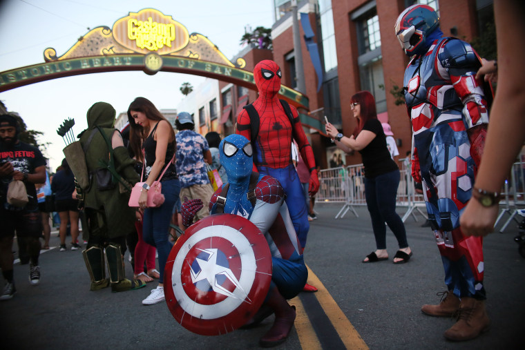 Image: Comic Con In San Diego Draws Costumed Fans To Annual Convention