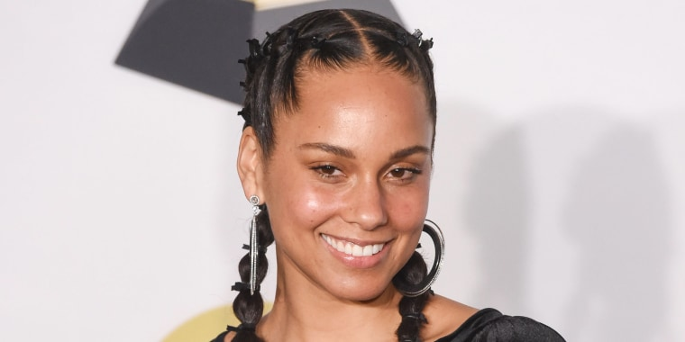 alicia keys hair is now a sleek bob cut