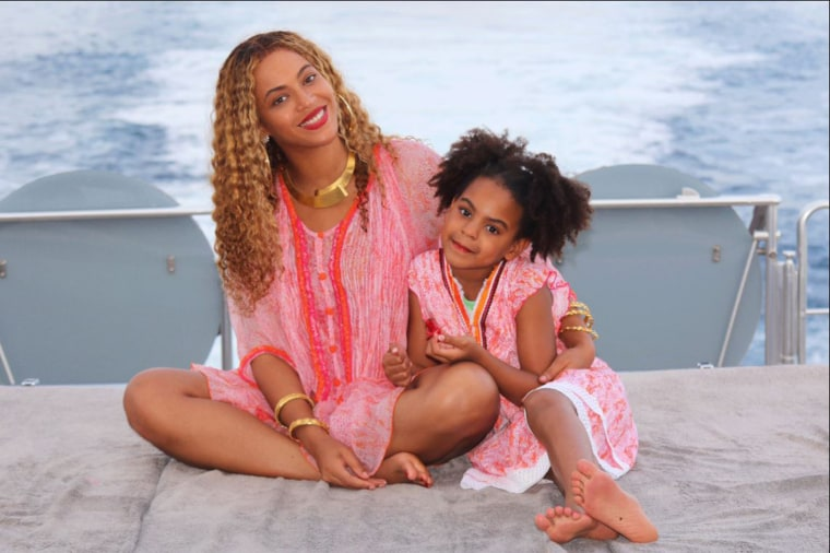 Beyonce shares rare photo of the twins