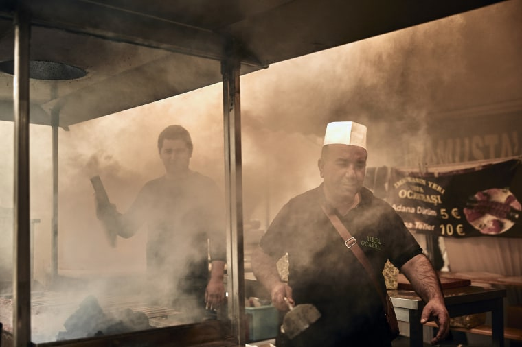 Image: A Turkish restaurant in Duisburg, Germany