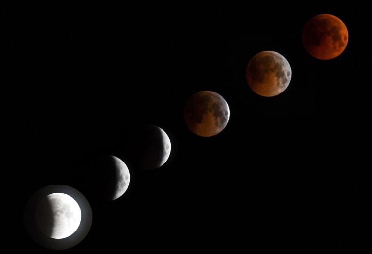 Image: KYRGYZSTAN-SCIENCE-ASTRONOMY-ECLIPSE-MOON