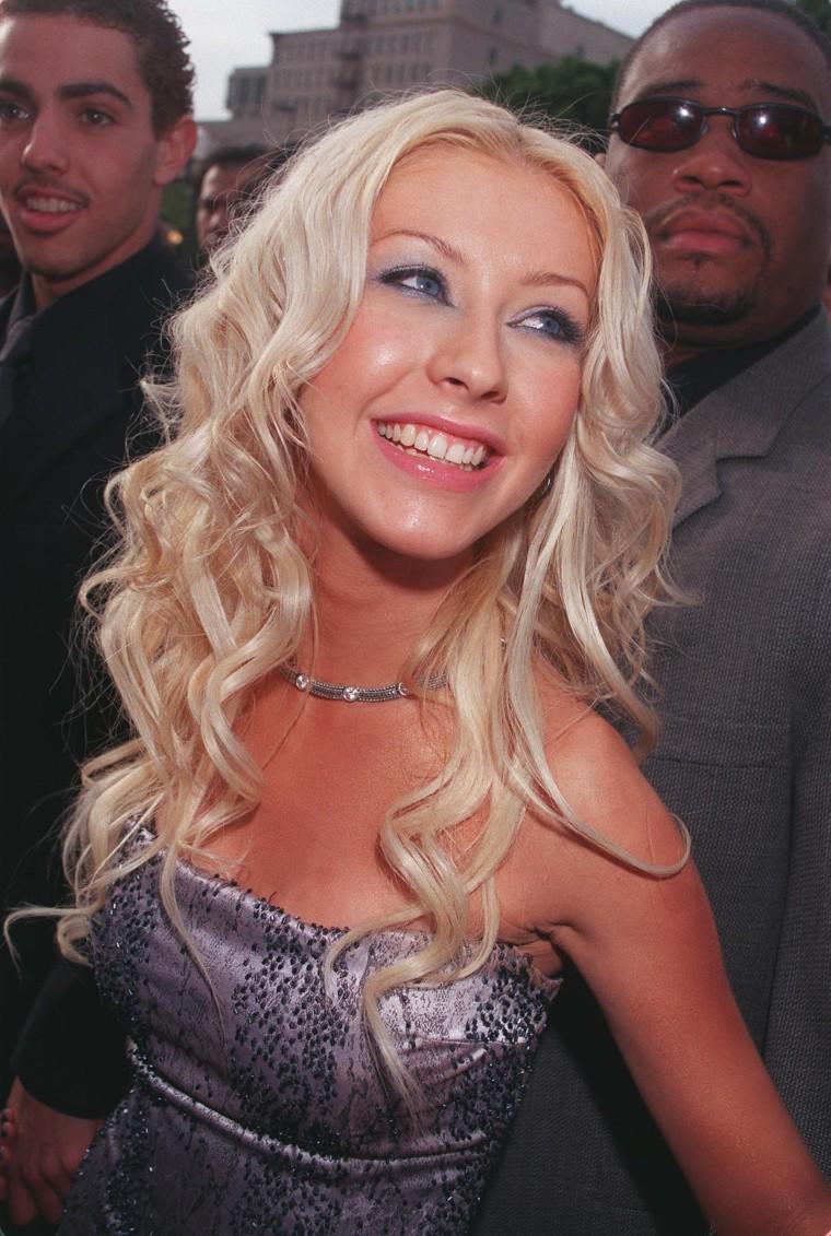 Christina Aguilera eyebrows