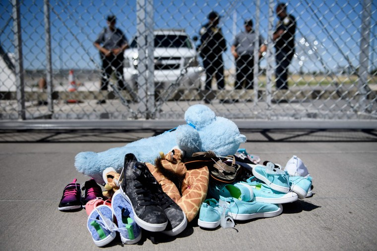 Image: Toys at Gate