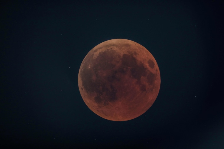 Image: KENYA-SCIENCE-ASTRONOMY-ECLIPSE-MOON