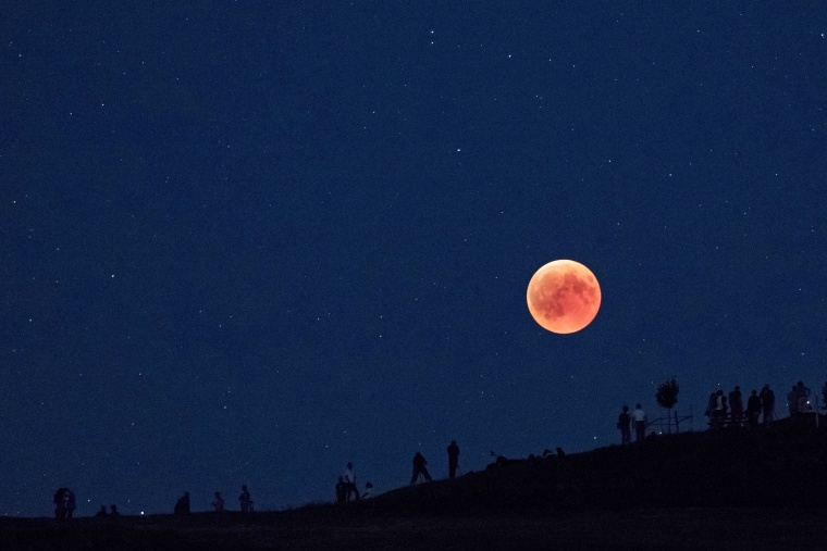 Image: Switzerland witnesses longest total lunar eclipse in 21st century