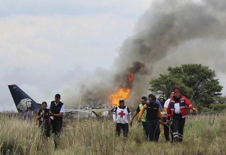 Image: Mexico Airline Crash