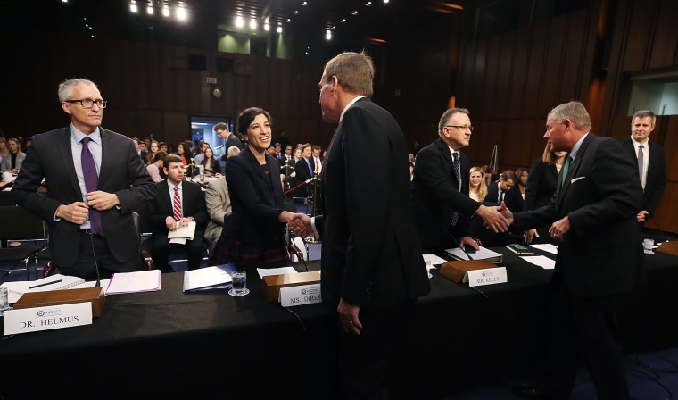 Image: Social media experts attend a Senate Intelligence Committee hearing