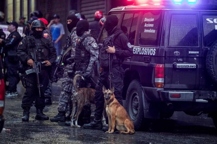 Image: Venezuelan government confirms attack against President Nicolas Maduro