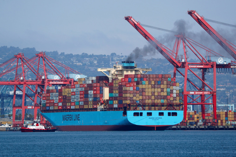 Image: A Maersk Line container ship prepares to depart port in Long Beach, California