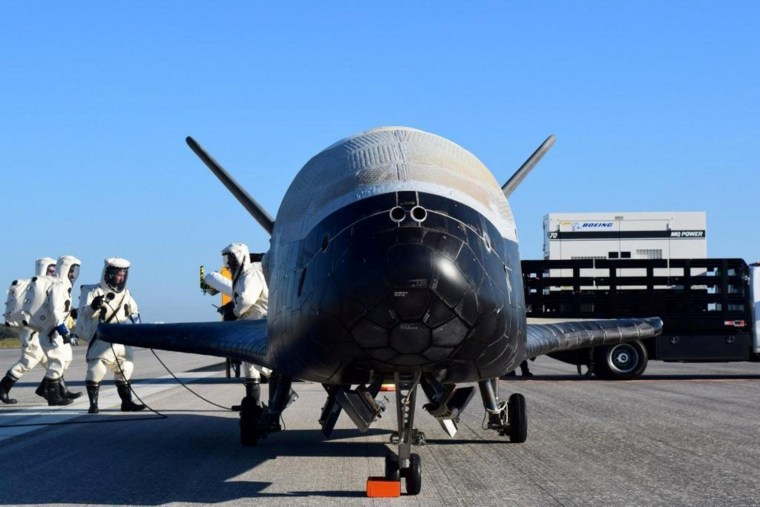 Image: Handout out the U.S. Airforce's X-37B Orbital Test Vehicle mission 4 after landing at NASA's Kennedy Space Center Shuttle Landing Facility in Cape Canaveral