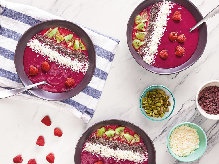 Smoothie Bowl from Run Fast.Cook Fast. Eat Slow.