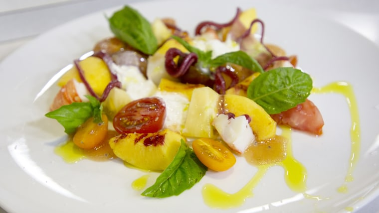 Geoffrey Zakarian's Tomato-Peach Lobster Salad