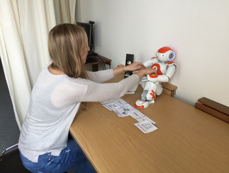 Image: Pleading Robot