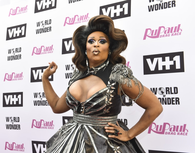 "Image: Peppermint attends ""RuPaul's Drag Race"" Season 9 finale taping"
