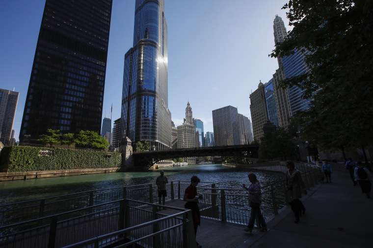 Image: Trump Tower, one of largest users of Chicago River water, has never met EPA rules for protecting fish, records show