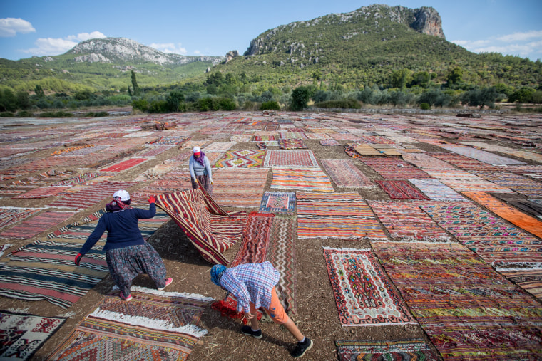 Image: Turkey's Handmade Carpet Industry Continues To Grow.