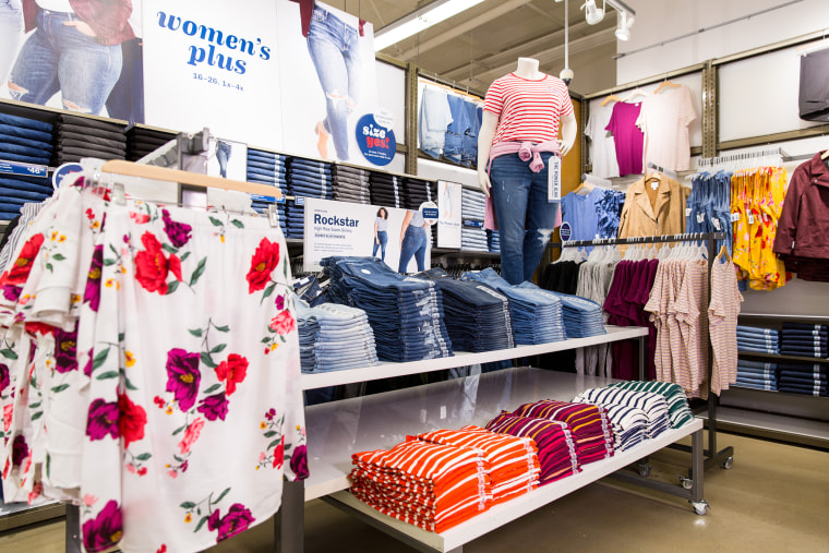 Old Navy Brings Plus-Size Shops To 75 Stores