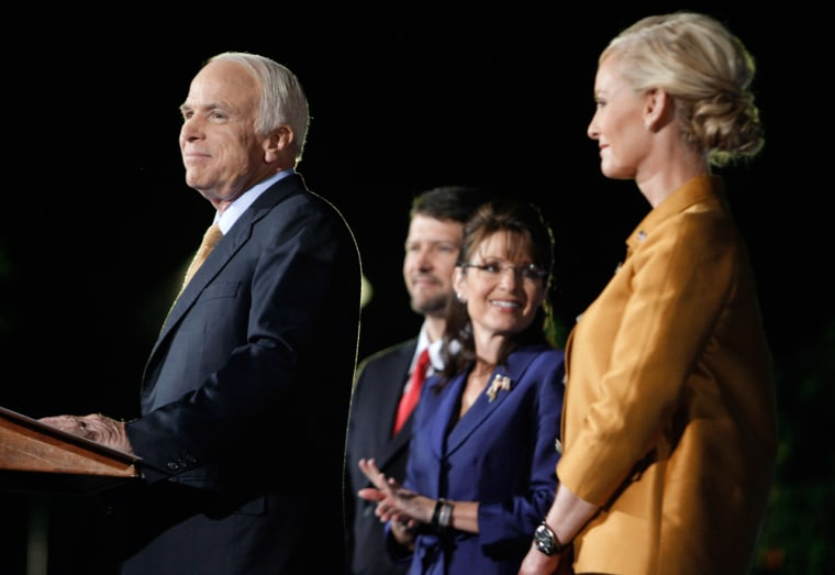 Image: John McCain,Cindy McCain,Sarah Palin,Todd Palin