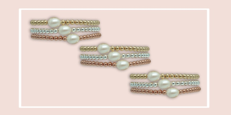 Deal of the day, pearl bracelets