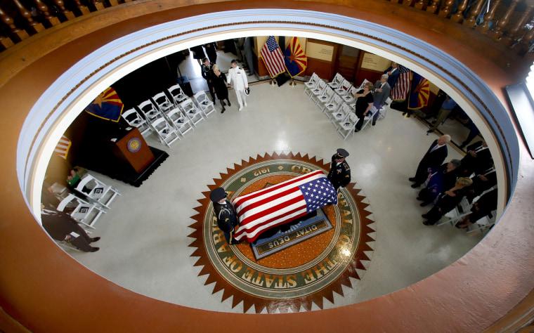 Image: The Arizona National Guard carries John McCain's casket