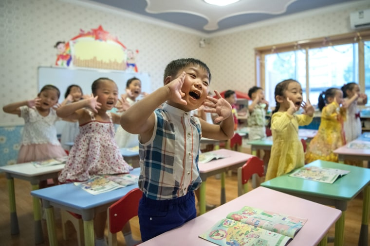 Image:Children respond to a teacher at the Gyongsang Kindergarten in Pyongyan