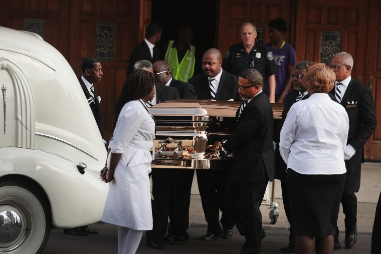 Image: Fans Of Soul Legend Aretha Franklin Pay Their Respects As Her Body Lies In Repose In Detroit