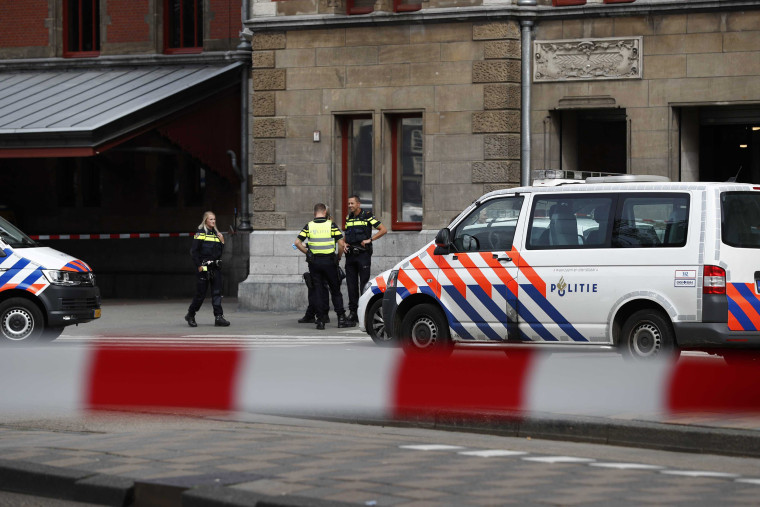 Image: Stabbing in Central train station in Amsterdam
