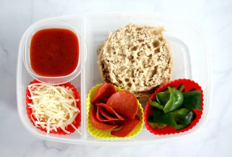 """Healthier """"Lunchable"""" Pizza Lunchbox"""