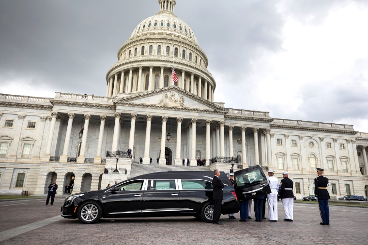 Image: The casket of U.S. Senator John McCain lies in state at the U.S. Capitol in Washington