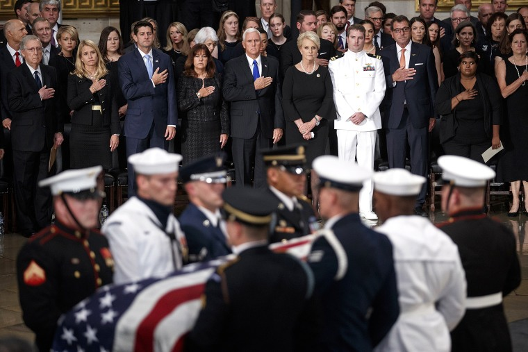 Image: Senator John McCain lies in state at US Capitol