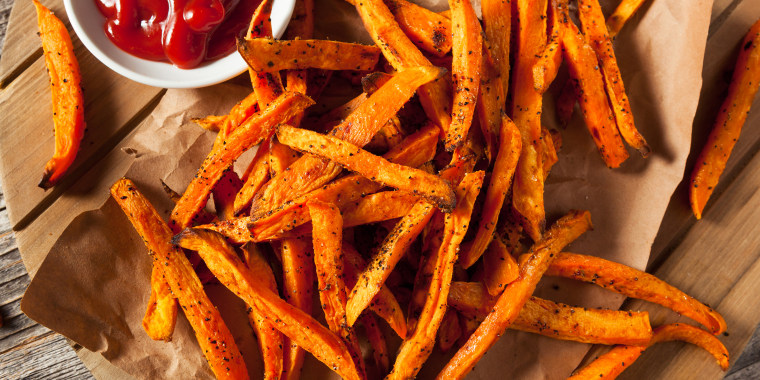 sweet potato fries, baked sweet potato fries, how to bake a sweet potato