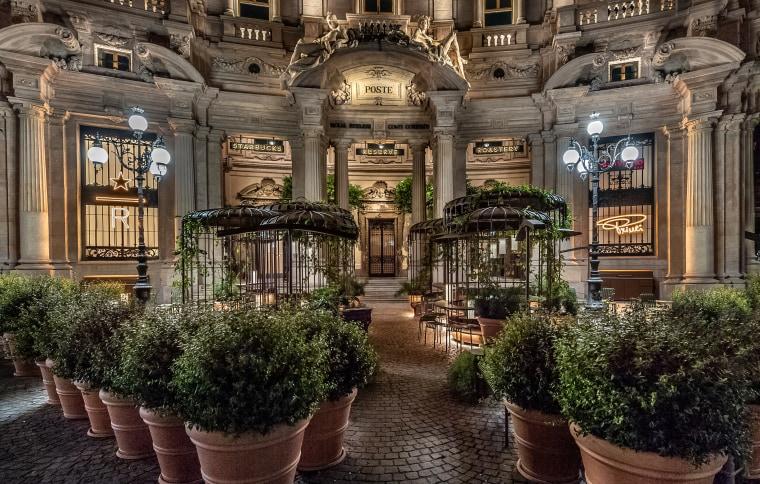 Italy's first Starbucks' breathtaking exterior.