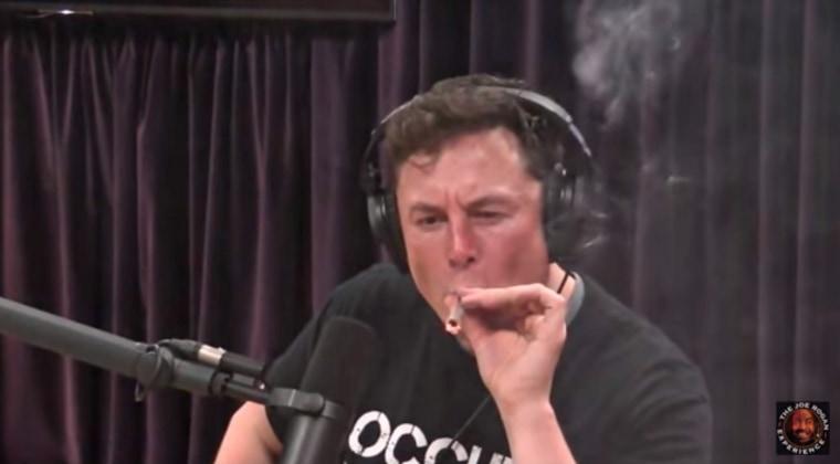 Elon Musk appears to smoke marijuana on Joe Rogan's podcast