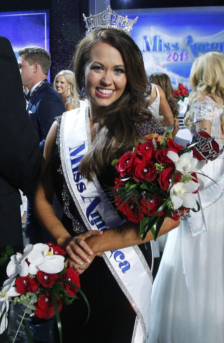 Image: Miss America 2018 Cara Mund