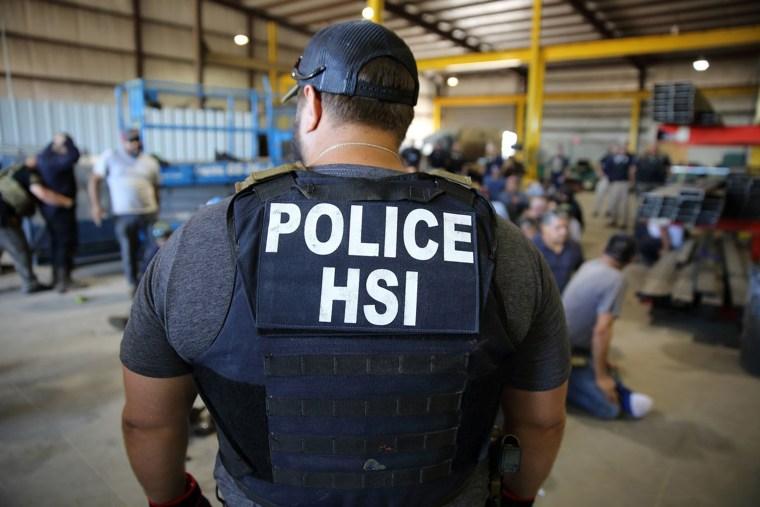 Image: ICE raid Sumner Texas