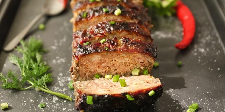best meatloaf recipe, meatloaf, turkey meatloaf, meatloaf with sauce, how to cook meatloaf