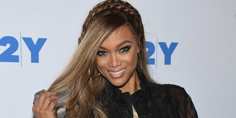 Tyra Banks gave fans a rare glimpse of her natural hair on Instagram.