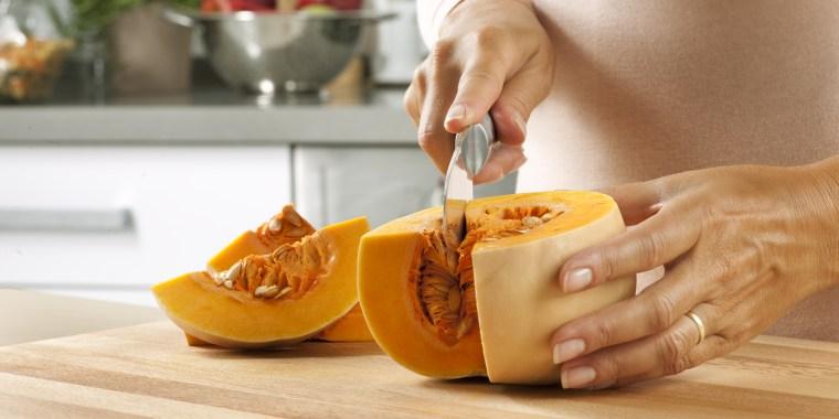 Cutting pumpkin, how to cook pumpkin, how to cut pumpkin