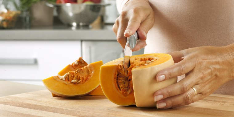 Cutting pumpkin, how to cook pumpkin, how to cut pumpkin