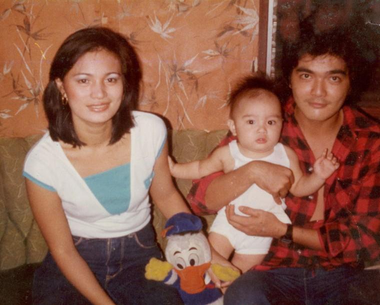 Image: Jose Antonio Vargas as a child with his parents